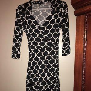 Banana republic diamond faux wrap dress